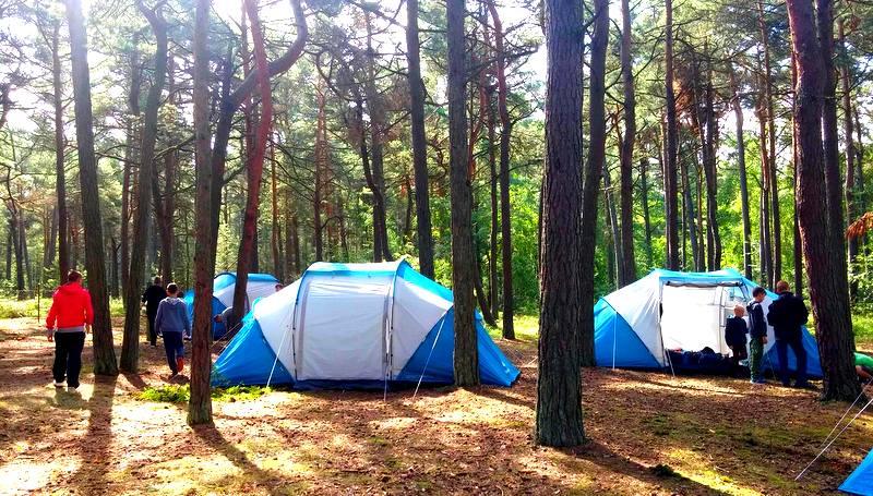 Pole namiotwe nad Bałtykiem. Pogorzelica